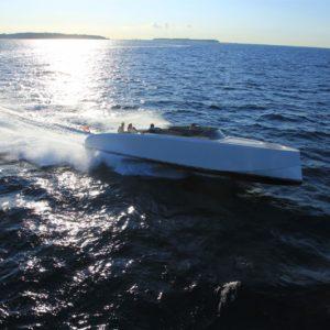 image-021_vanquish_yachts_0